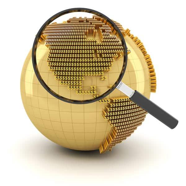 Magnifying glass globe